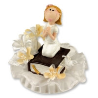 2 pcs Kneeling Communion-Girl