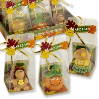 12 pcs Marzipan autumn figures in cellophane bag, assorted