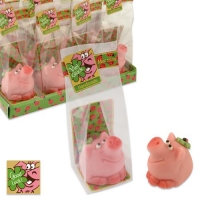 16 pcs Small marzipan pig with clover leaf