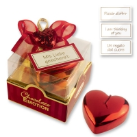12 pcs Medium heart candle on box with pralines